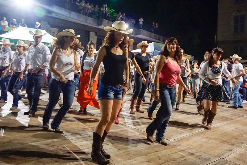 Country line dancers
